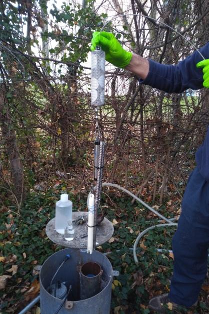 1ere campagne d'analyses de terrain - Décembre 2017 - ANR Frog - Installation des Sondes + germcatchers + chemcatcher ( (c) ISA )